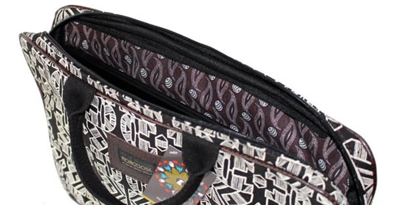 Laptop Sleeve Ndebele - Polstret laptop mappe PC Svart/hvit 40x2